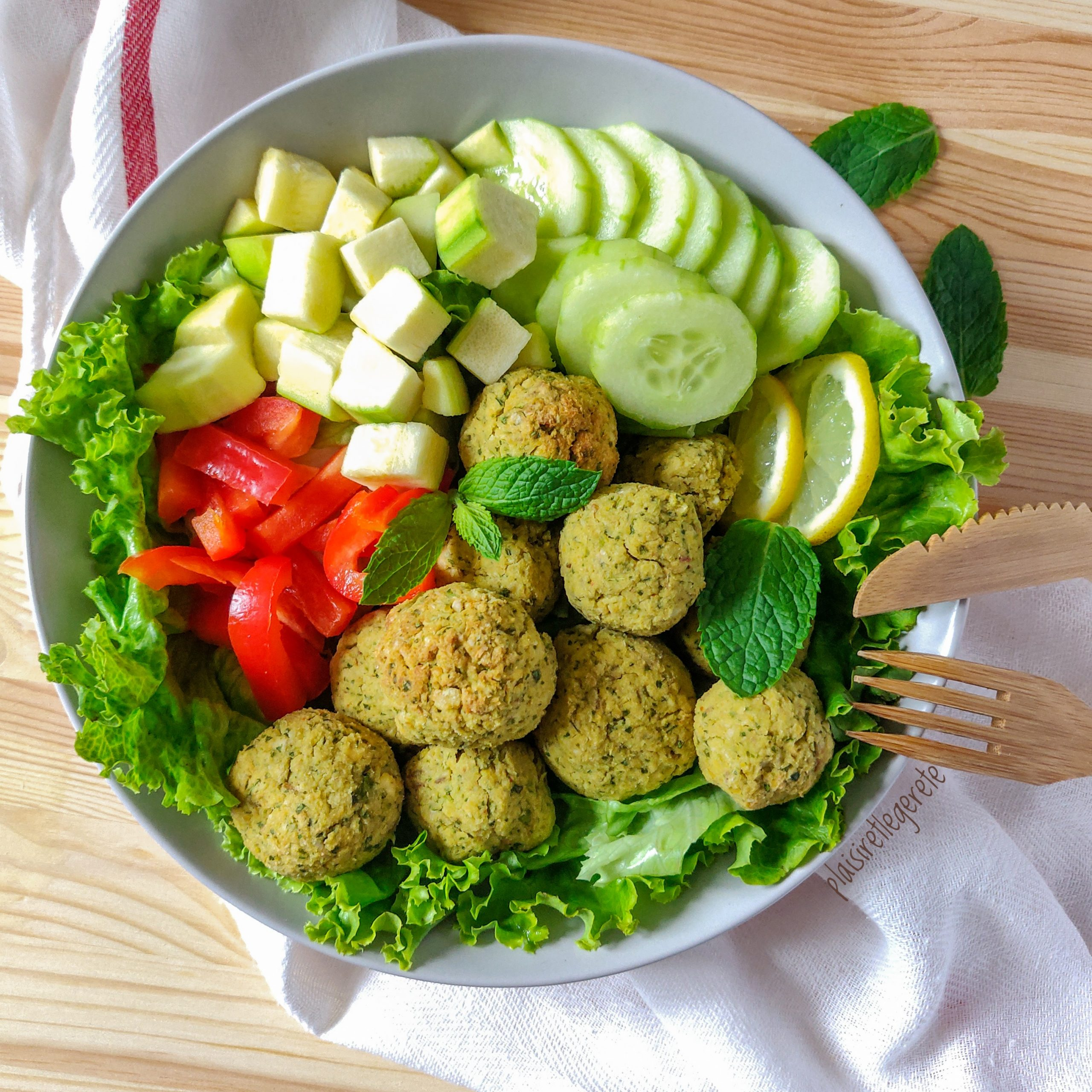 Read more about the article Falafels Persil & Coriandre
