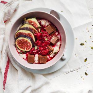 Read more about the article Porridge proteiné figues framboises
