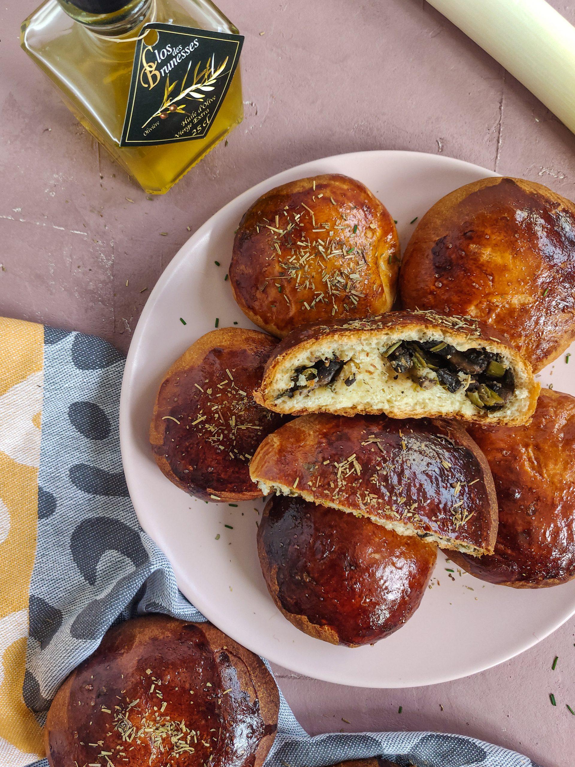 Read more about the article Brioches aux champignons et poireau