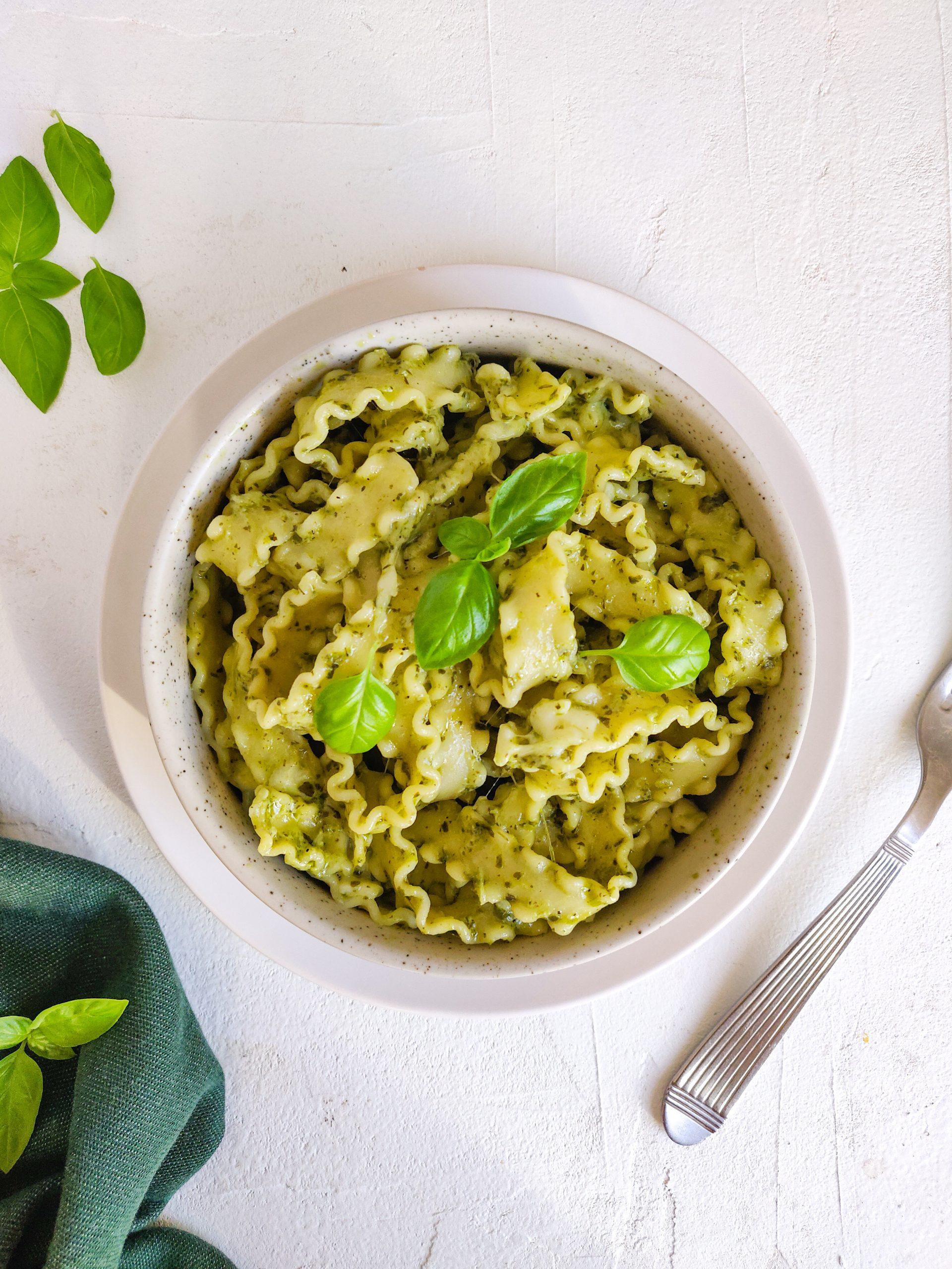 Read more about the article Pâtes au pesto et mozzarella